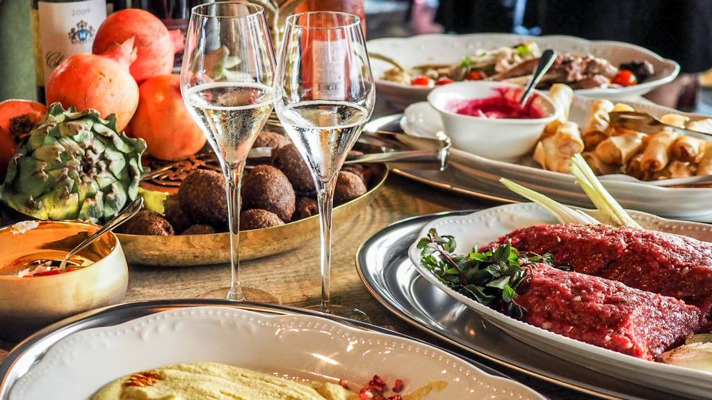 Libanonilainen ravintola Farouge ruoka